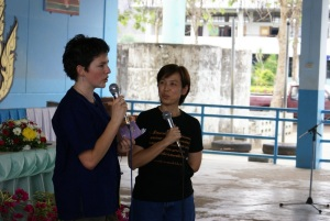 Lena talking to a gathering of farmers and school children, accompanied by Khun Wipa who was translating