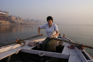 Lena rowing on the Ganges!