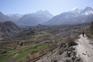 Descending from Muktinath to Pokhara